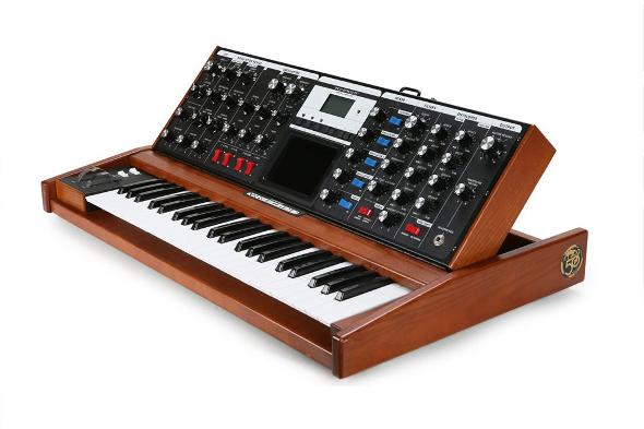 Moog - Minimoog Voyager Performer Edition