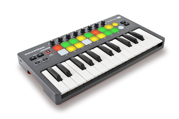 launchkey-mini-590