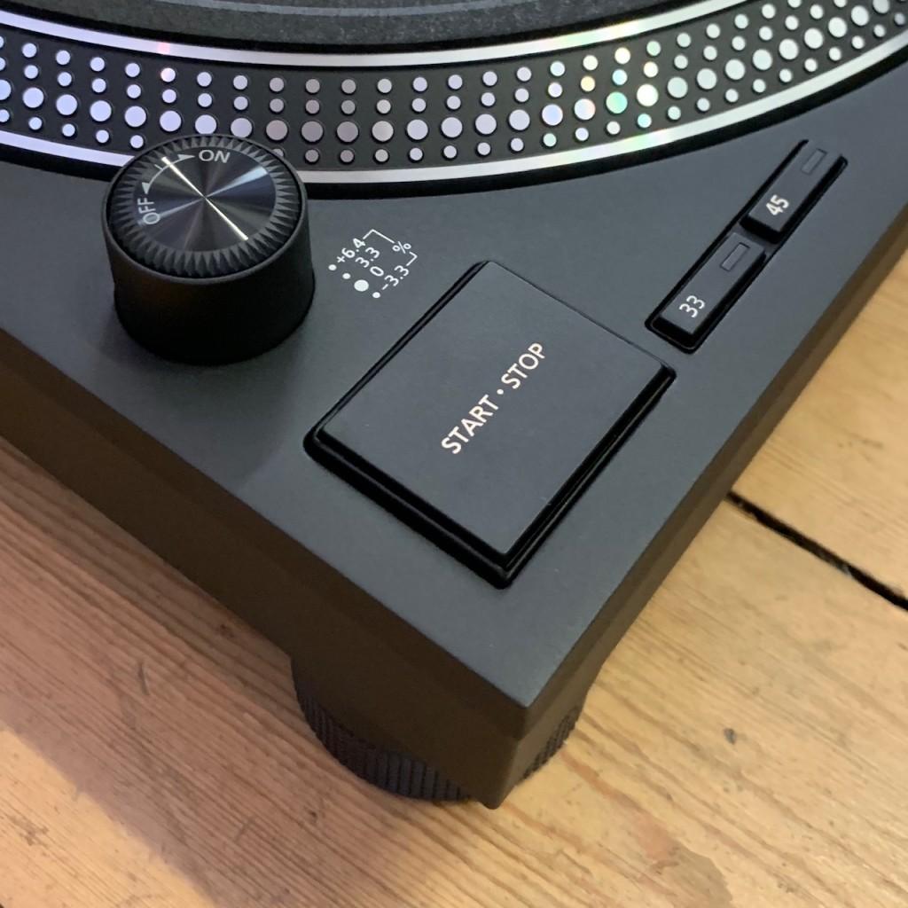 Technics SL-1210 MK7 buttons